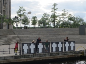 Riverside memorial to those who failed to cross the river Spree