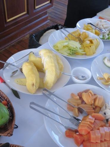 Peeled fruit APT