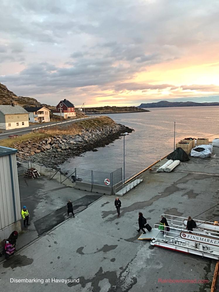 Disembarking at Havøysund